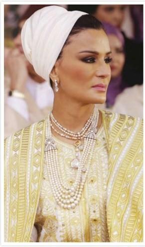 Sheikha Mozah - Cream Headscalf