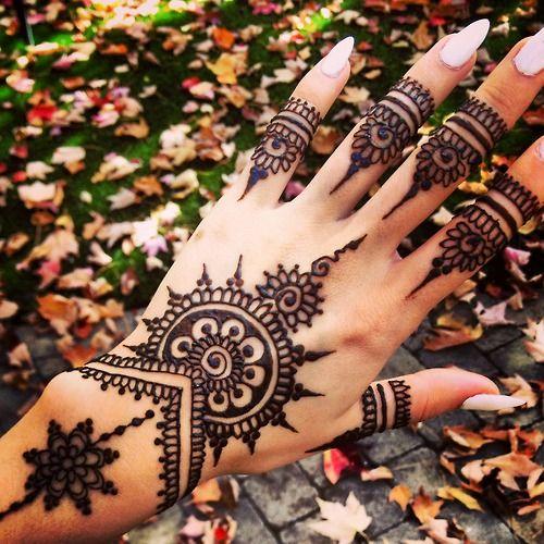 Traditional Henna Art