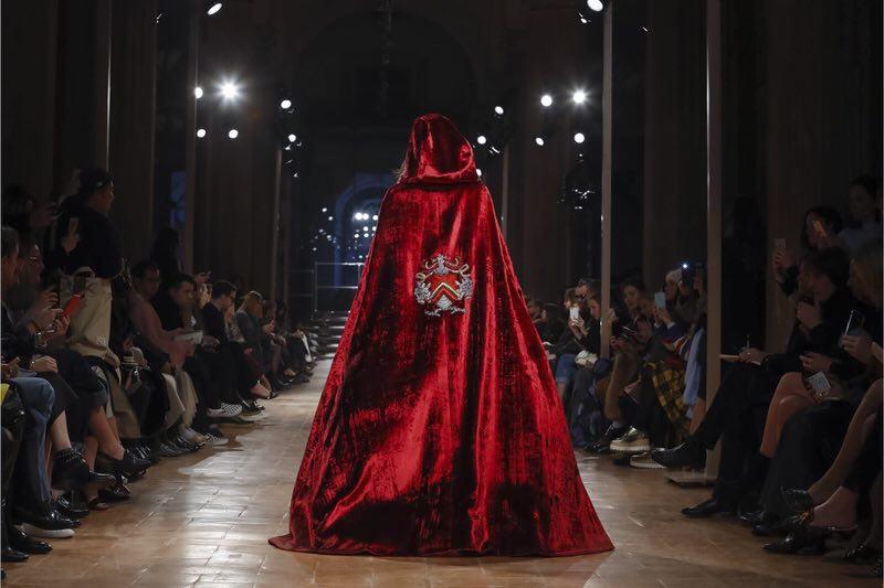 Alberta Ferretti Ready To Wear Fall Winter 2017 Milan