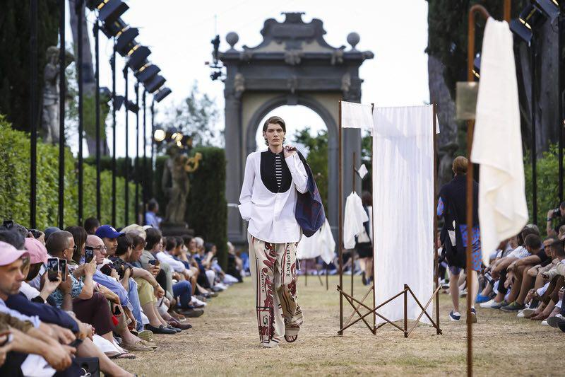 JW Anderson Menswear Spring Summer 2018 Florence